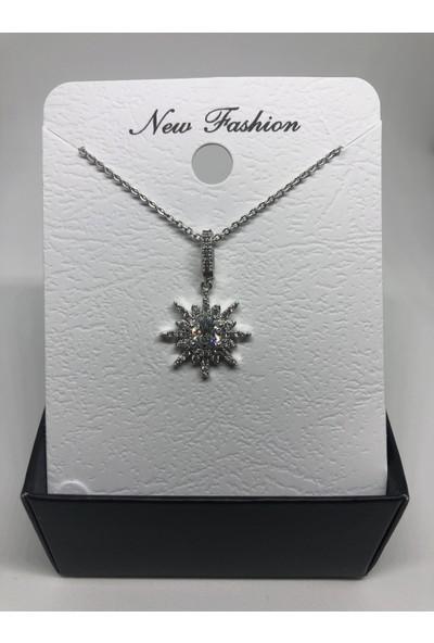 New Fashion Gümüş Rengi Güneş Figürlü Zirkon Kadın Kolye