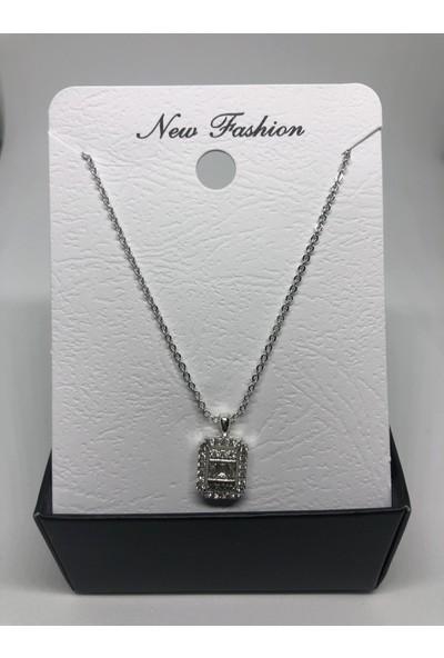 New Fashion Gümüş Rengi Tektaş Zirkon Kadın Kolye
