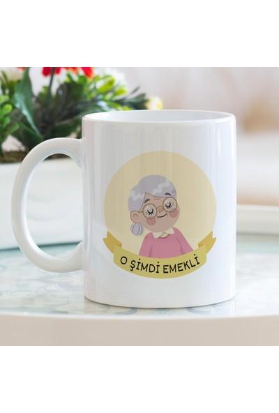 Hediyehanem O Şimdi Emekli (Kadın) Kupa Bardak