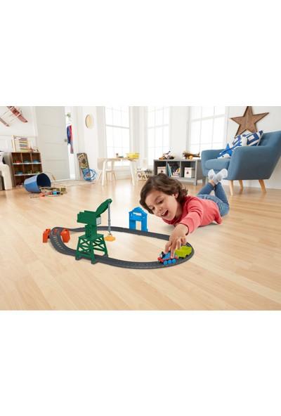 Thomas ve Arkadaşları Thomas ve Cranky Kargo Macerası, Sür-Bırak Trenli, Oyuncak Motorlu Tren, Lokomotif, Vinç, Tünel Dahil GFJ76