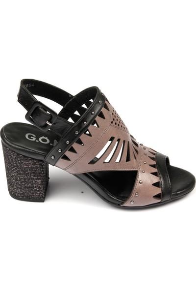 Gön Deri Kadın Sandalet 35054