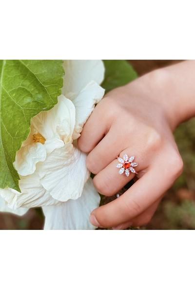 Lotus Gümüş Nergis Çiçeği 925 Ayar Taşlı Ayarlanabilir Kadın Gümüş Yüzük