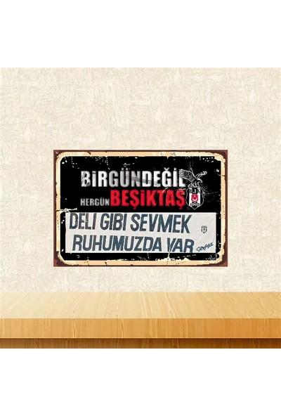 Selens Hergün Beşiktaş 20 x 30 cm Retro Ahşap Poster
