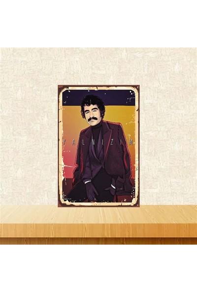 Selens İbrahim Tatlıses Yanlızım 20 x 30 cm Retro Ahşap Poster TKFX4056