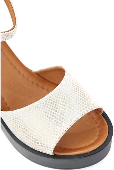 Ballerin's Deri El Yapımı Kadın Bej Sandalet BLRS-954