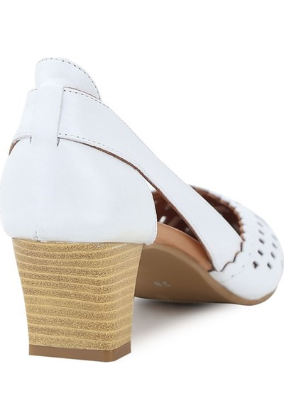 Ballerin's Deri Elena Beyaz Kadın Ayakkabı