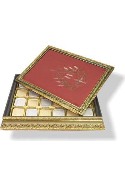 Derzin Handmade Hediyelik Tablo Çikolata Kutusu 750 gr Lale Kırmızı