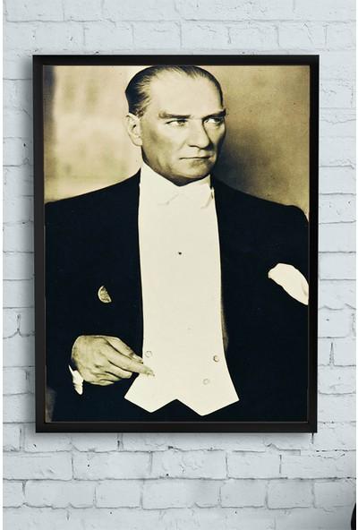 Postermanya Mustafa Kemal Atatürk Çerçeveli Tablo 21 x 30 cm