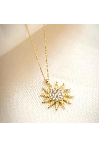 Pigado 925 Ayar Gümüş Zirkon Taşlı Altın Kaplama Güneş Kadın Kolye