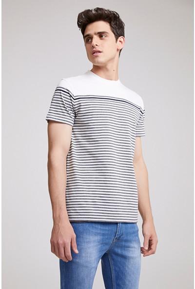 Twn Slim Fit Beyaz Çizgili T-shirt
