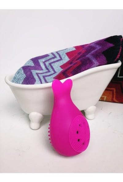 Lusso Cosmetic Pembe Süngerli Silikon Yüz Temizleme Aparatı