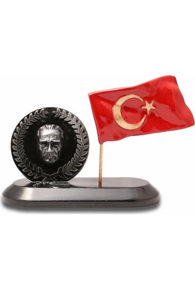 Gift Garden Atatürk Çelenk Temalı Masa Üstü Bayraklı Biblo