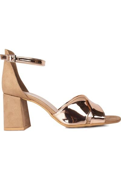 Loggalin 111171 340 Kadın Bronz Ayna Topuklu Büyük & Küçük Numara Sandalet