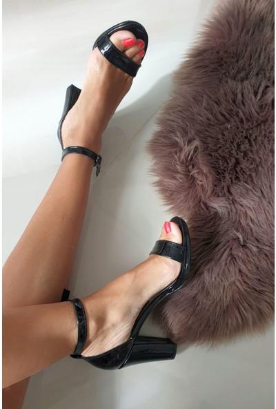 Topukla 350 Poli Arkası Kapalı Tek Bant Ayakkabı 1cm