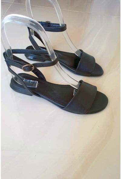 Topukla 131 Deri Sandalet