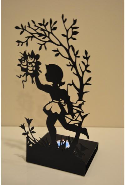 Pnr Çiçekçi Kız Metal Mumluk Şamdan
