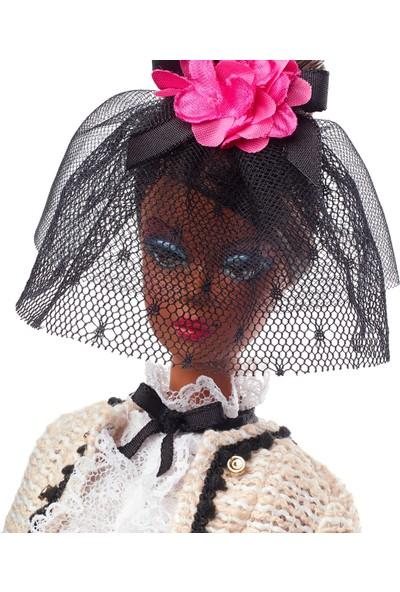 Barbie Koleksiyon Sonsuz Zarafet Bebeği Ght65