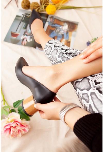Limoya Marina Siyah Ahşap Yuvarlak Topuklu Ayakkabı