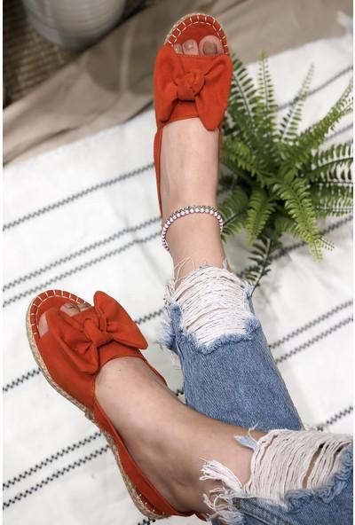 Divolya Kadın Dayk Fiyonklu Sandalet