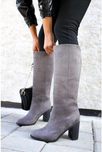 Shoemark Naomi Gri Süet Çizme