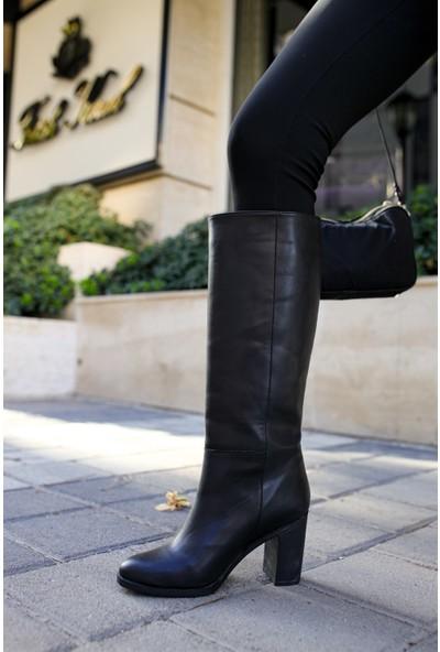 Shoemark Naomi Siyah Cilt Çizme