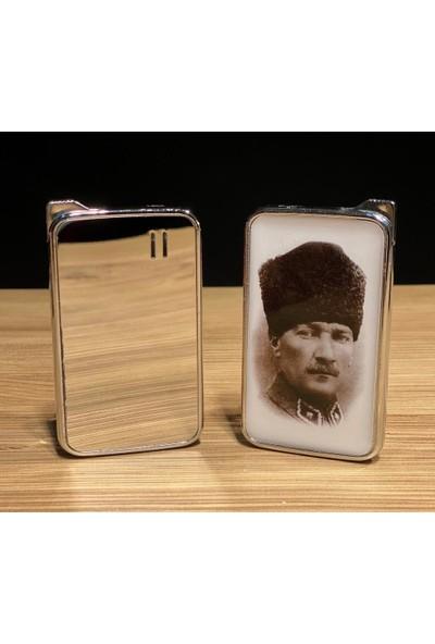Kasaba Dükkan Beyaz Çerçeveli Atatürk Portre Baskılı Aynalı Çakmak