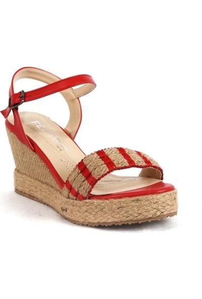 Ustalar Ayakkabı Kırmızı Kadın Dolgu Sandalet 319.02504