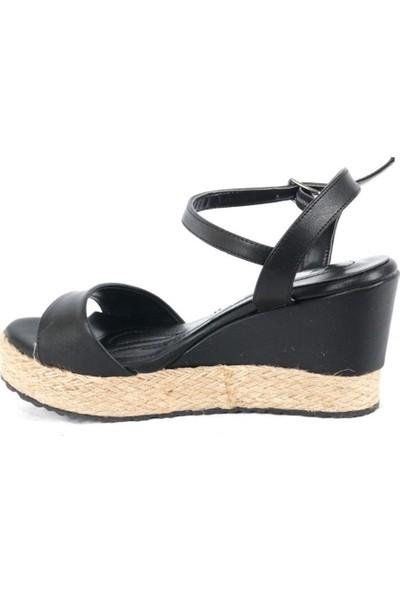 Ustalar Ayakkabı Siyah Kadın Hasır Dolgu Sandalet 319.02504