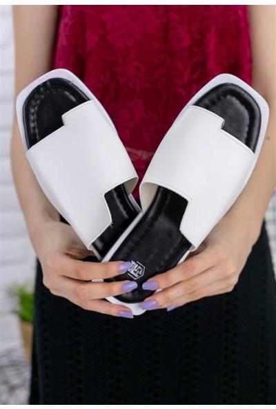 Ustalar Ayakkabı Beyaz Kadın Günlük Parmakrası Terlik 537.31