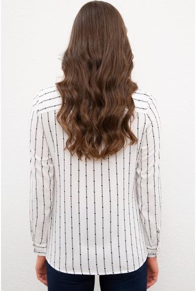 U.S. Polo Assn. Kadın Beyaz Gömlek Uzunkol 50226434-VR019