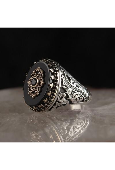 Tesbihevim Oniks Taşlı 925 Ayar Erkek Gümüş Yüzük