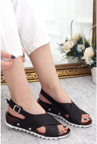 Mammamia Siyah Kadın Dolgu Topuklu Sandalet