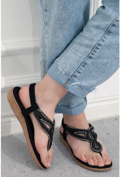 Adım Adım Siyah Kadın Parmak Arası Sandalet