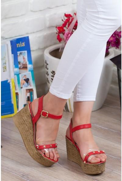 Adım Adım Kırmızı Kadın Dolgu Topuklu Sandalet