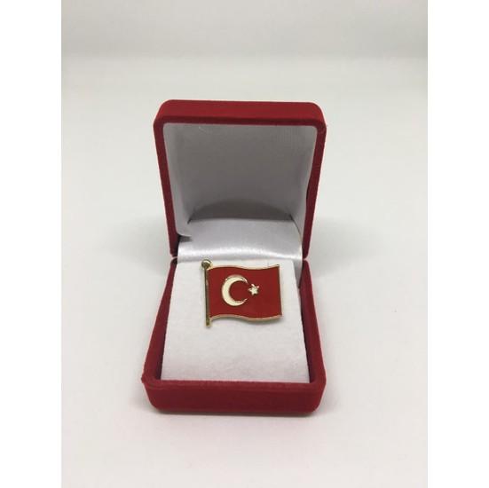 Merit Collection Büyük Türk Bayrağı Yaka Rozeti Özel Kadife Kutusunda