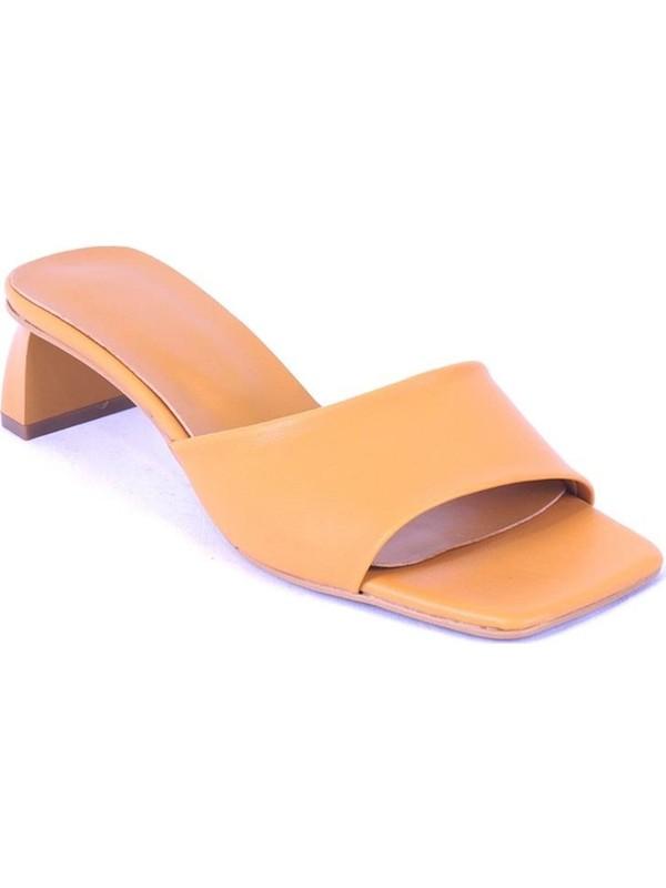 Ustalar Ayakkabı Hardal Kadın Terlik 283.200