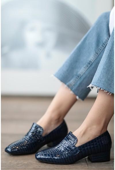 Mio Gusto Maddy Lacivert Krokodil Topuklu Ayakkabı