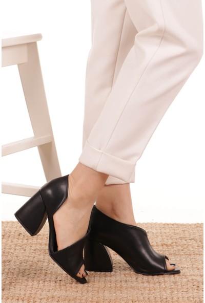 Mio Gusto Eva Siyah Topuklu Ayakkabı