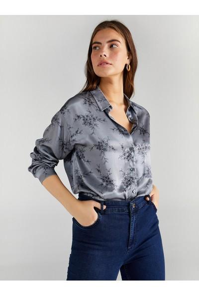 Faik Sönmez Kadın Çiçek Desenli Saten Gömlek 61327