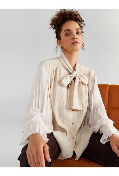 Faik Sönmez Kadın Pilise Kollu Bağlamalı Yaka Gömlek 61330