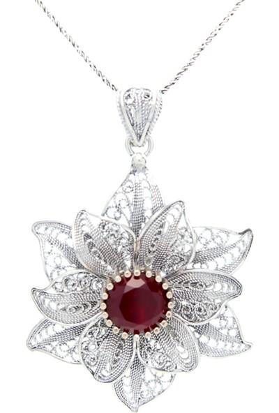 Magnamina Yakut Taşlı Çiçek Model Telkari Gümüş Kolye