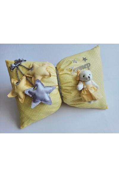 Momsandbabies Bebek İsme Özel Dekoratif Takı Yastığı