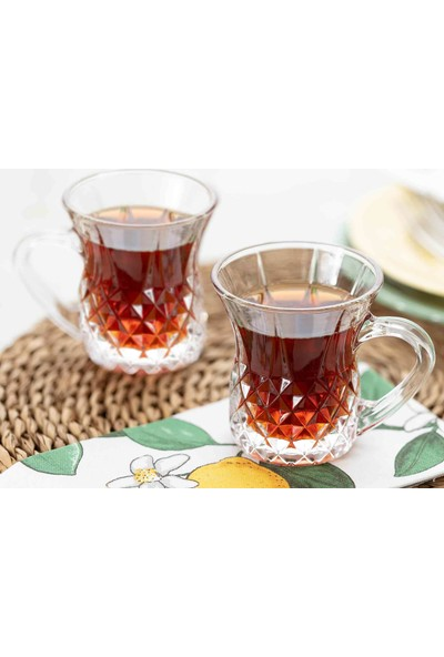 Madame Coco Florus 4'lü Çay Fincanı