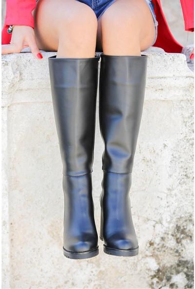 Tuğrul Ayakkabı Siyah Cilt Fermuarlı Topuklu Kadın Çizme