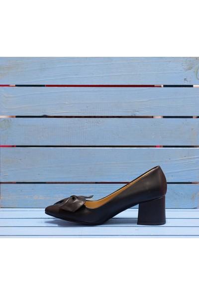 Papuç Çiçek Fiyonklu Siyah Topuklu Ayakkabı