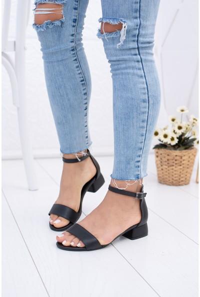 Epaavm Tek Bant Kısa Ökçeli Siyah Cilt Ayakkabı