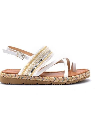 Derimod Kadın İşlemeli Sandalet