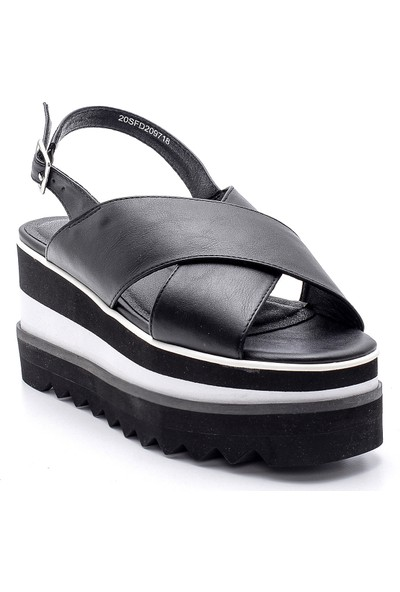 Derimod Kadın Dolgu Topuk Sandalet