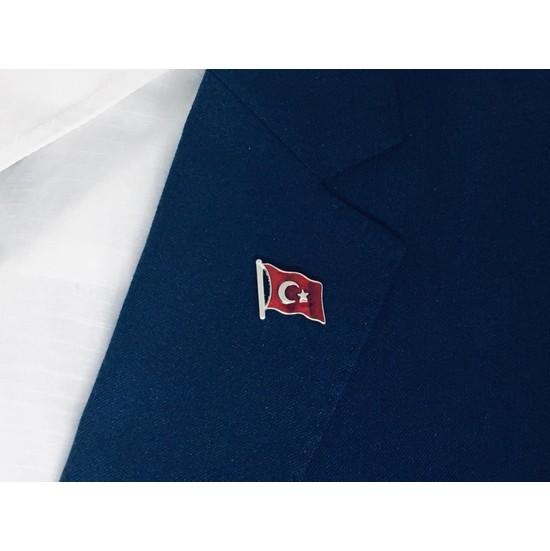 Merit Collection Dalgalı Türk Bayrağı-2 Yaka Rozeti Özel Kadife Kutusunda