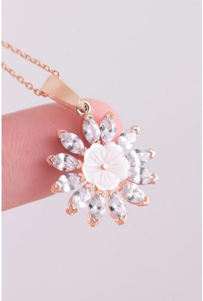 Lotus Gümüş Manolya Çiçeği Taşlı 925 Ayar Gümüş Kadın Kolye